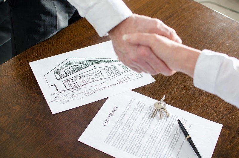 The Advantages and Disadvantages of a Commercial Mortgage
